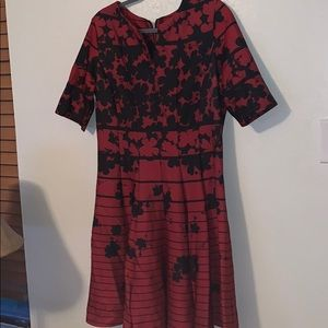NWT JULIAN TAYLOR Red & Blk Dress // Women's 16